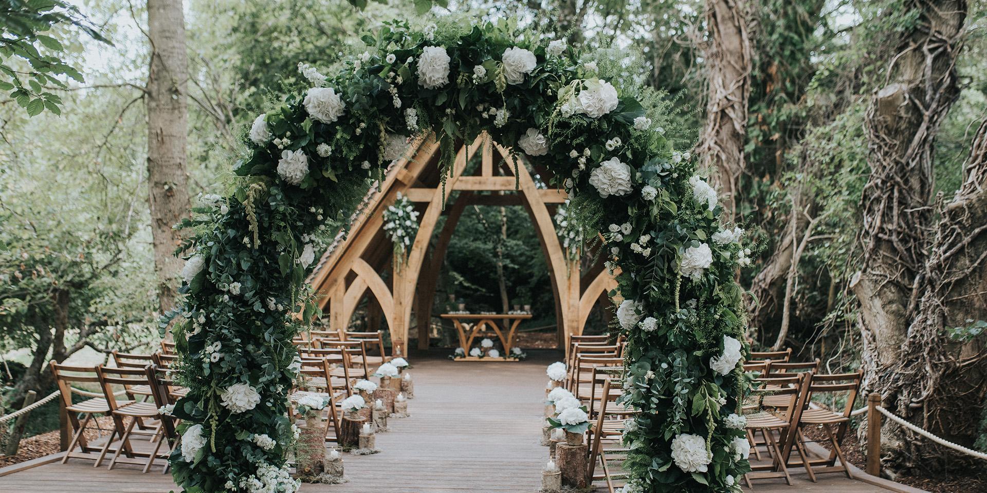 Diy Wedding Arch.Spectacular Diy Wedding Arches Rivervale Barn Weddings